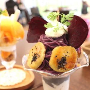 さつま芋と黒ごまのパフェ:ガレッテリア・ダ・サスィーノ(青森市)