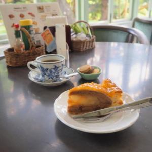 ピーターパン洋菓子店(弘前市)*アップルパイ70種類め
