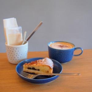 レモンカードとカレンツのアーモンドタルト:SUKIMA COFFEE(秋田県大館市)