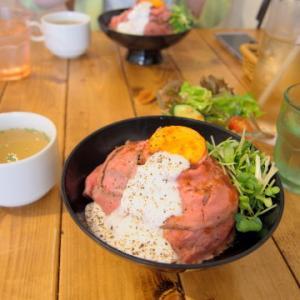 自家製ローストビーフ丼:肉バル529(青森市)