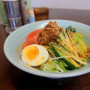 冷やし担々麺:神武食堂(つがる市)