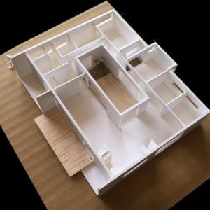 鹿嶋市K邸 40坪平屋の中庭 40坪2階建て
