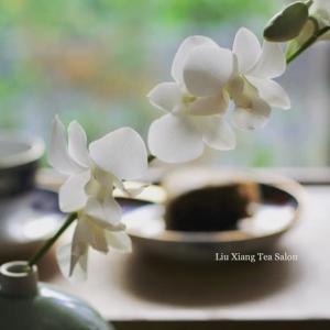 蘭の花と黄金桂の馬拉糕