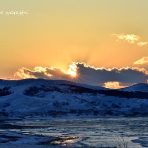 冷たい空気と夕陽