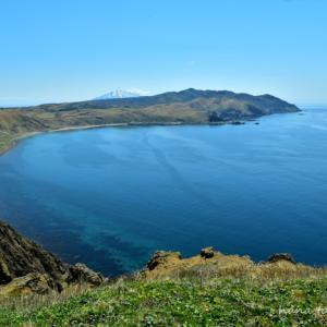 青い海とゴロタ岬からの眺め