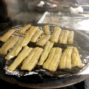 太刀魚の燻製とジャガイモのアンチョビオイルのスパゲティ~♪