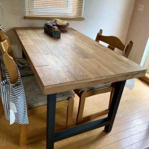 気持ち上がるテーブル