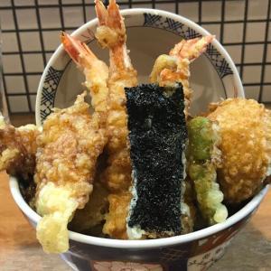 錦市場のすぐ近くに行列無しで入れたテンコ盛り天丼のランチ☆