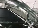 【画像】 外環自動車道でダンプカーが落とした畳が直撃しフロントガラス破損 「警察は全く動かず」 告発動画に衝撃走る