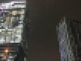 【画像】 夜の渋谷、サイバーエージェントとGoogleのビルを比較した衝撃画像が話題に