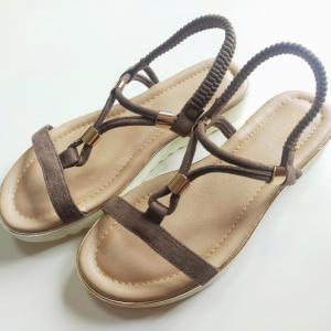 今年のサンダルの選び方☆美脚に見えて歩きやすい今年のトレンドサンダル