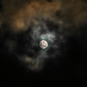 魚座満月からアクエリアスの時代へ向かう、9月の運勢メッセージ