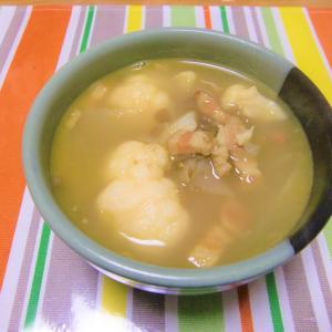 寒い1日でした  カリフラワー&うち青豆のカレー風味スープ