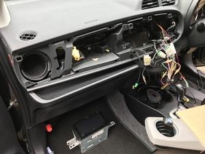 トヨタ ヴィッツ NSP130 持ち込み カーナビ取付 Strada CN-F1D9D