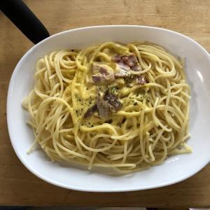 クリーミーカルボナーラスパゲティ ファミマ