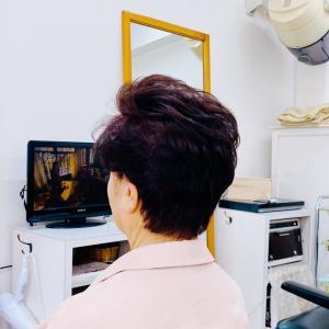 70代 髪型 ショートヘア