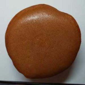 まんぷく芋どら焼き (静岡県三島市)芋餡たっぷり