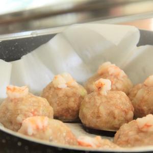 レシピ『エビとひき肉の蒸し団子』料理研究家 指宿さゆり