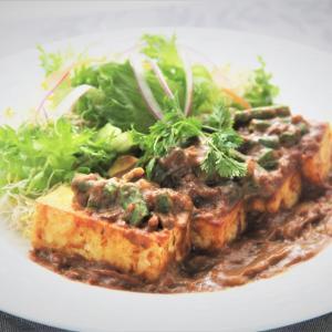 『女性にぴったり豆腐ステーキのカレースパイスソース』料理研究家 指宿さゆり