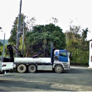 10�トラック・フェンダーフレームの亀裂溶接