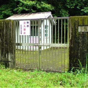 重岡配水池・入口扉の修理