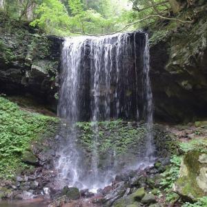 岩井の滝(裏見の滝)