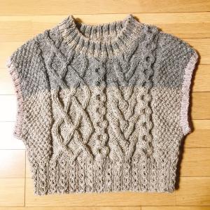 手編みのベスト編みました♪