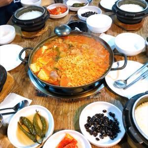 あ~、めちゃ食べたいキムチチゲ鍋朝ごはん~2019.11ソウル旅行3日目♪