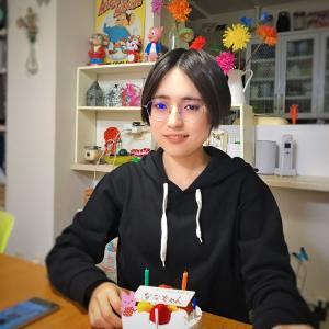誕生日ケーキと記念写真