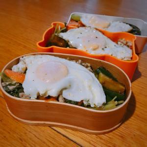 中華丼弁当