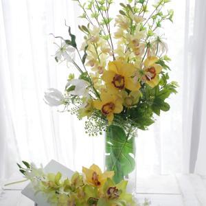 玄関を彩るお花