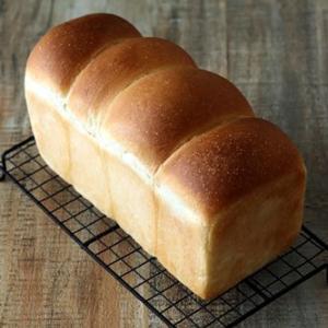 イーストもなかなかやるな!山形食パン