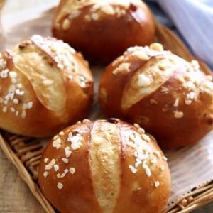 ゴールデンレーズンとくるみのぷちパン