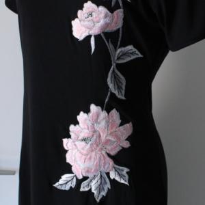 牡丹刺繍のストレッチチャイナワンピース!