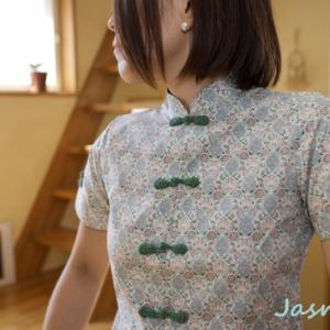 【チャイナ服】清楚で素敵なフロントボタンのチャイナシャツ。