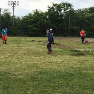 ●[Coach] グランドの草刈り(2回目)