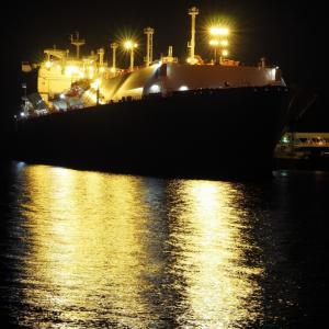 LNGタンカーとの遭遇