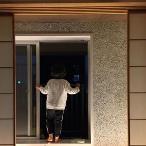 新型コロナ対策の換気方法:1〜2時間ごとに5〜10分間窓や扉を開ける