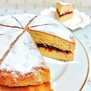 『ブラックベリーのヴィクトリアサンドイッチケーキ』