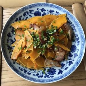 おうちで中華144 - 発酵熟成肉の旨味をカボチャと共に味わう腊肉焼南瓜!