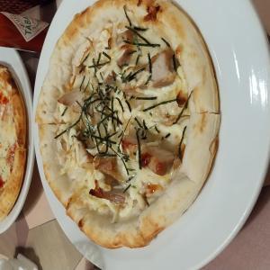 Lotusのピザと【メゾンラメール】賃料17,000円~★家電付・ネット無料・モニターホン★