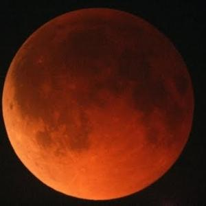 Окрасился месяц багрянцем・赤い月・Lunar Eclipse