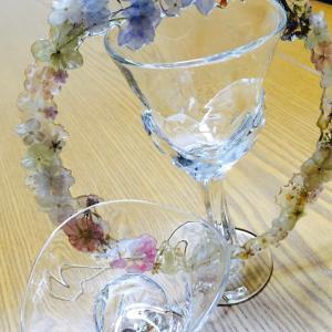 固定観念にとらわれない 綺麗なガラスのグラス