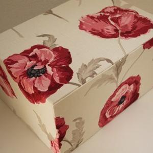 ローラアシュレイで大きな箱(生徒さん作品)