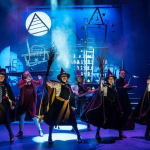【これぞイギリス:オススメ舞台3選】魔法使いと迷探偵とピーターラッビット