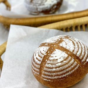 天然酵母パン教室☆レーズン種で・・・