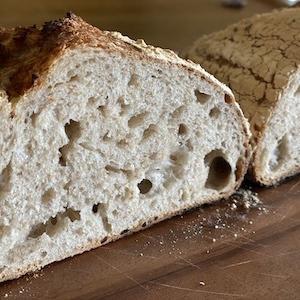 カンパーニュ − はるゆたかBとライ麦と全粒粉
