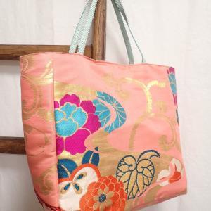 ピンクの名古屋帯リメイクバッグ