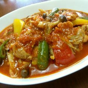 【簡単レシピ】鶏肉と野菜のトマトソース煮込み♪