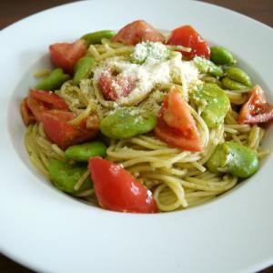 【簡単レシピ】そら豆とトマトのジェノベーゼ♪